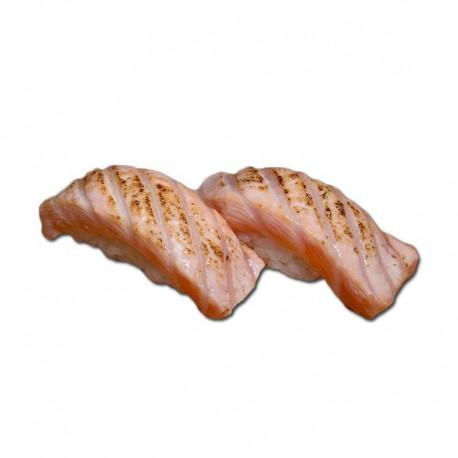 Nigiri smoked salmon